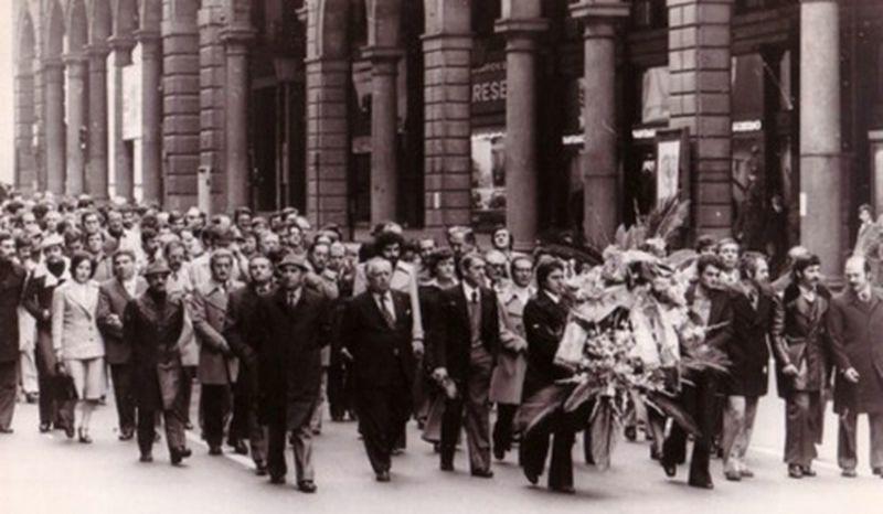 Genova 1973-Il Movimento democratico dei Poliziotti da carbonaro inizia la sua marcia