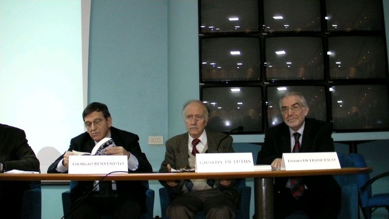 Presentazione Un Commissario Scomodo (2)