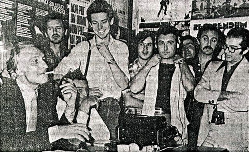 Sezione Narcotici Roma-l'arresto di Marco Pannella, a cui seguirà il telegramma