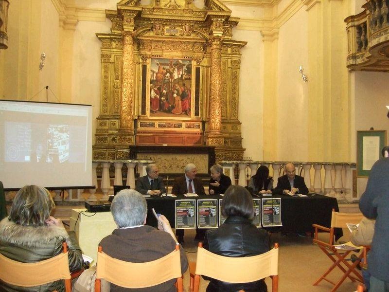 Umbertide-19 novembre 2010- sovrastati dalla Deposizione di Luca Signorelli